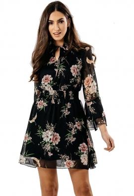 Womens Day Dresses  f0754575b7ba