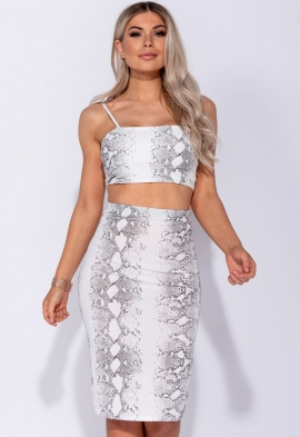 32fd0a0339 5 Pound Clothes Shop Everything 5 Pounds | Everything5pounds | Miss ...